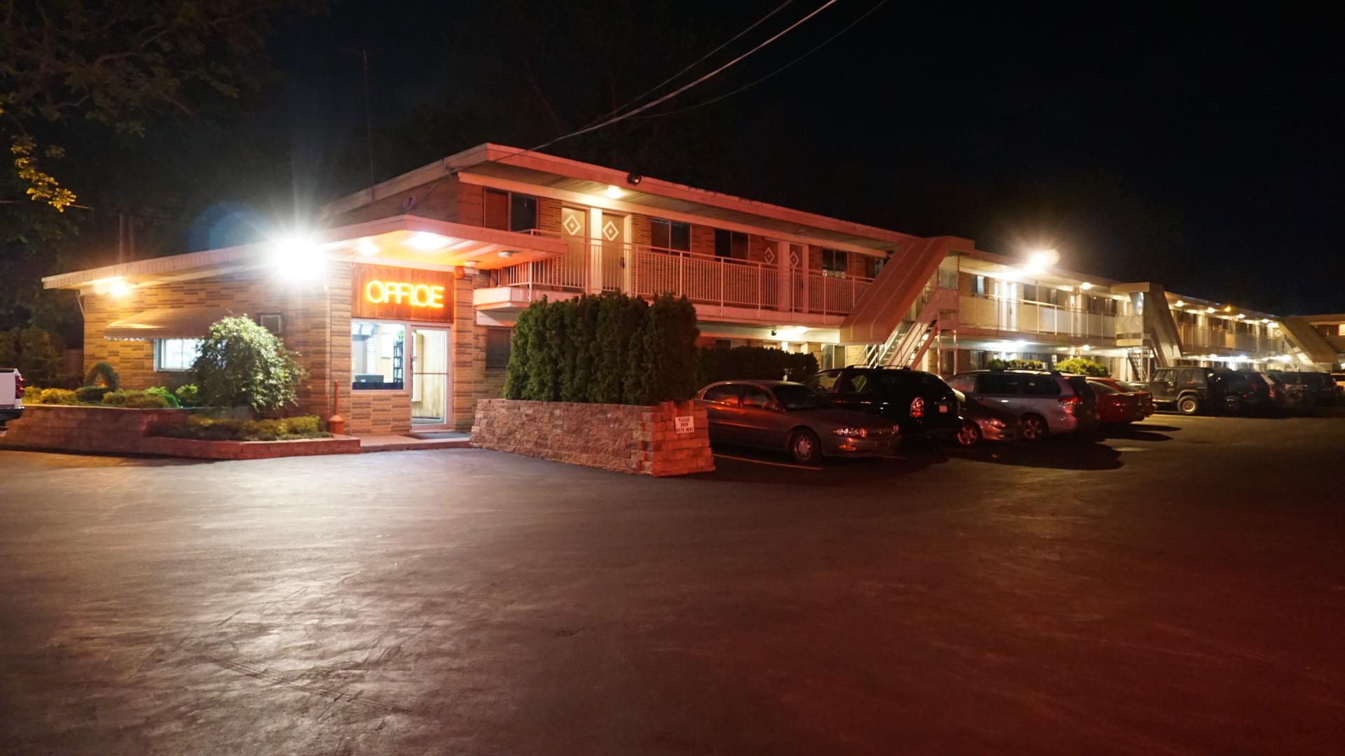 edgewood motel in jericho ny